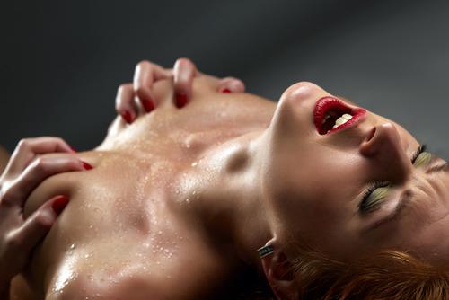 ejakulace žen probíha během orgasmu